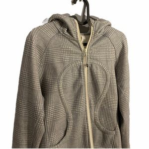 Women's Lululemon Athletica Gray/Off-White Sweater